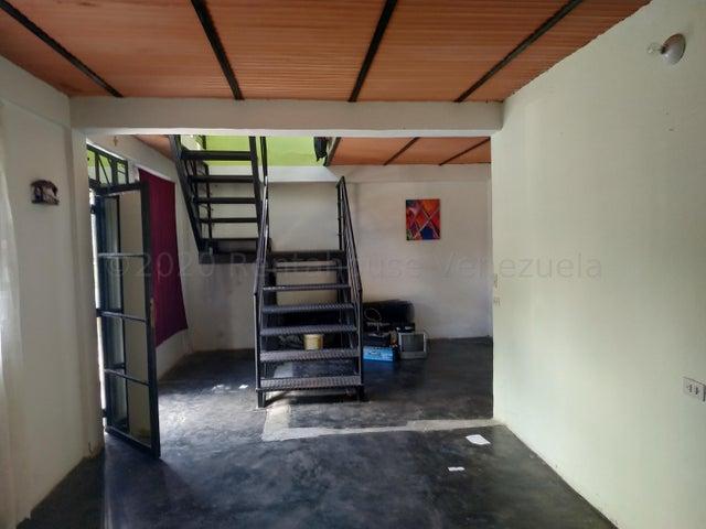 Terreno Carabobo>Municipio Naguanagua>El Rincon - Venta:50.000 Precio Referencial - codigo: 21-3151
