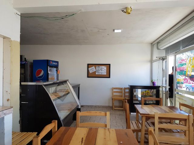 Local Comercial Falcon>Coro>Centro - Venta:50.000 Precio Referencial - codigo: 21-3168