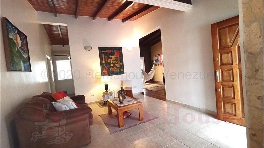 Casa Aragua>El Consejo>El Manantial - Venta:26.900 Precio Referencial - codigo: 21-3173
