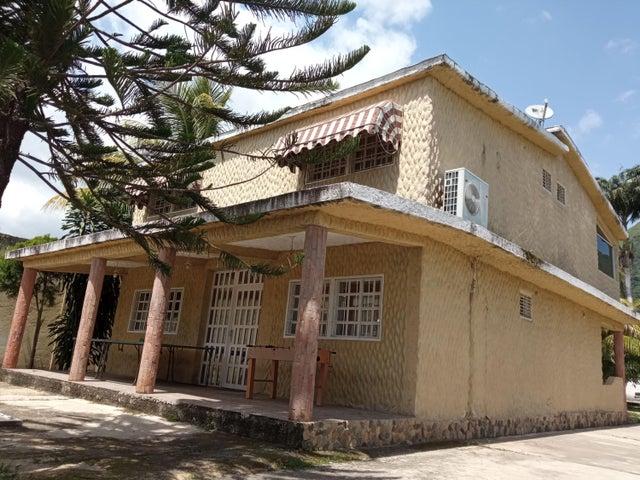 Casa Carabobo>Municipio San Diego>Las Morochas I - Venta:54.000 Precio Referencial - codigo: 21-3206