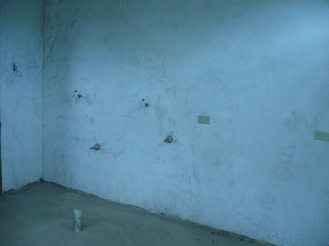 Apartamento Falcon>Coro>Centro - Venta:21.000 Precio Referencial - codigo: 21-3218