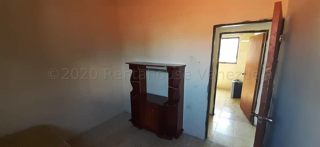 Apartamento Lara>Barquisimeto>Parroquia Catedral - Alquiler:30 Precio Referencial - codigo: 21-3323