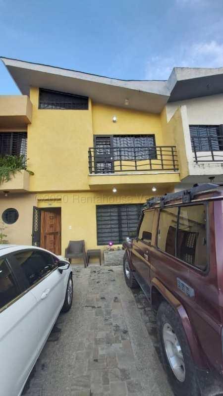 Townhouse Carabobo>Municipio Naguanagua>Los Guayabitos - Venta:42.000 Precio Referencial - codigo: 21-3444