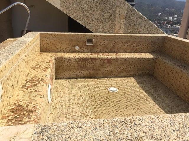 Apartamento Vargas>Catia La Mar>Playa Grande - Venta:350.000 Precio Referencial - codigo: 21-3365