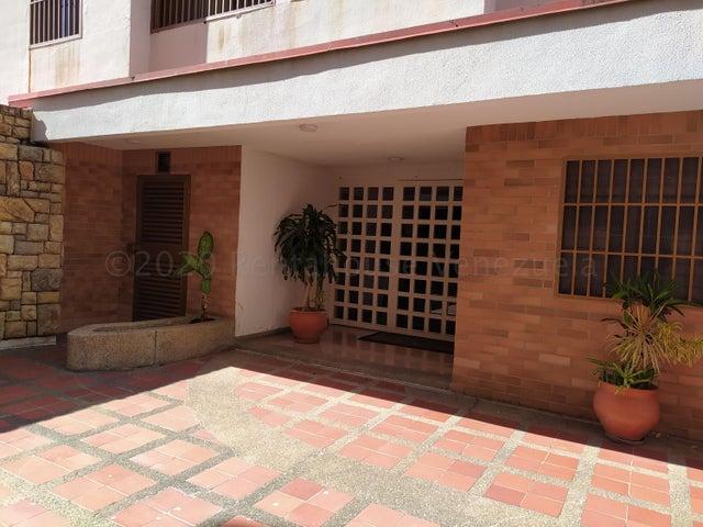 Apartamento Distrito Metropolitano>Caracas>Miranda - Venta:195.000 Precio Referencial - codigo: 21-3435