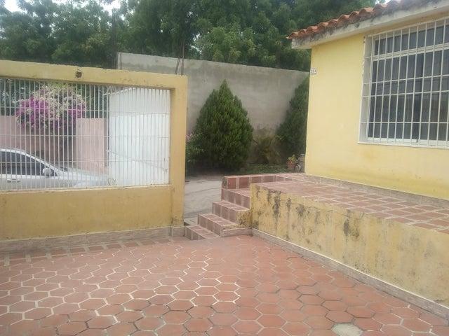 Casa Lara>Cabudare>El Amanecer - Venta:17.000 Precio Referencial - codigo: 21-3442