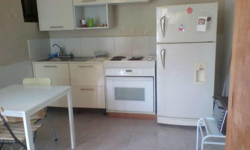 Anexo Distrito Metropolitano>Caracas>La Boyera - Alquiler:340 Precio Referencial - codigo: 21-3711