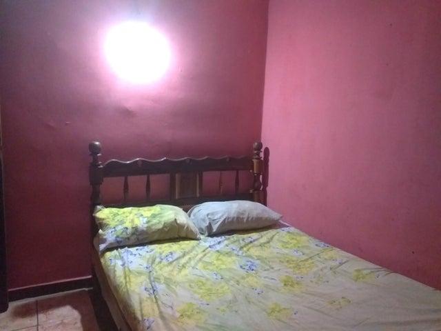 Casa Falcon>Coro>Las Eugenias - Venta:13.400 Precio Referencial - codigo: 21-3541