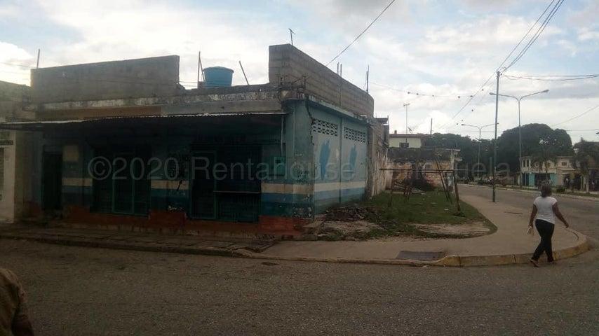 Local Comercial Yaracuy>San Felipe>San Felipe - Venta:25.000 Precio Referencial - codigo: 21-3598