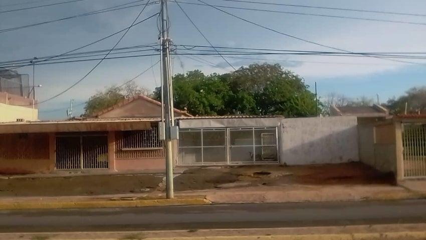Local Comercial Zulia>Municipio San Francisco>El Perú-San Francisco - Alquiler:80 Precio Referencial - codigo: 21-3603
