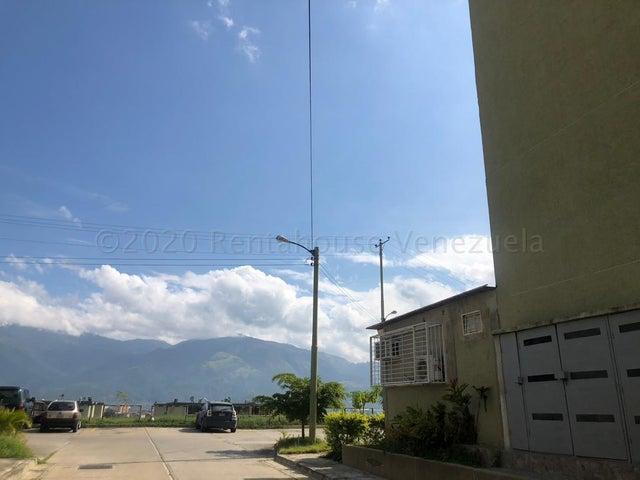 Apartamento Miranda>Guatire>La Sabana - Venta:14.500 Precio Referencial - codigo: 21-3687