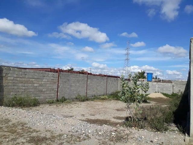 Terreno Lara>Cabudare>El Placer - Venta:2.300 Precio Referencial - codigo: 21-3709