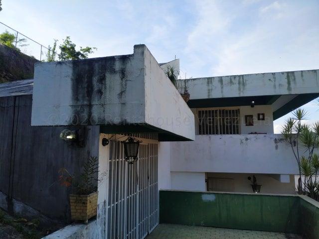 Casa Distrito Metropolitano>Caracas>Colinas de Bello Monte - Venta:280.000 Precio Referencial - codigo: 21-2243