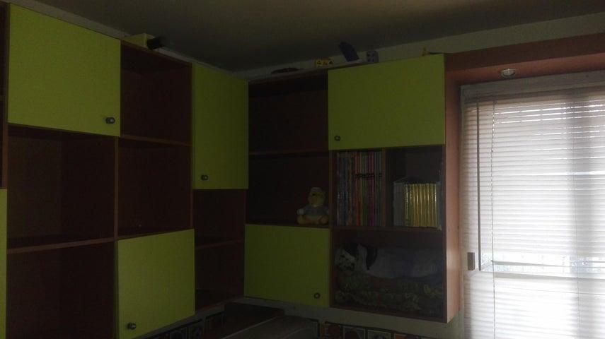 Apartamento Distrito Metropolitano>Caracas>San Martin - Venta:18.500 Precio Referencial - codigo: 21-4606