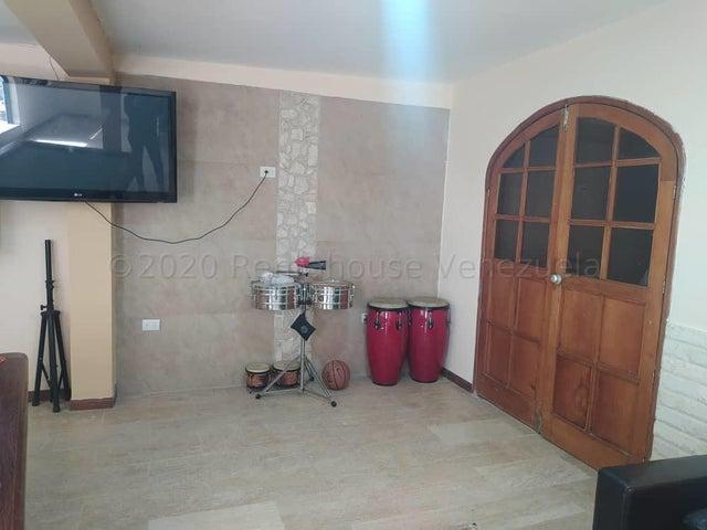 Casa Miranda>Carrizal>Colinas de Carrizal - Venta:109.000 Precio Referencial - codigo: 21-3985