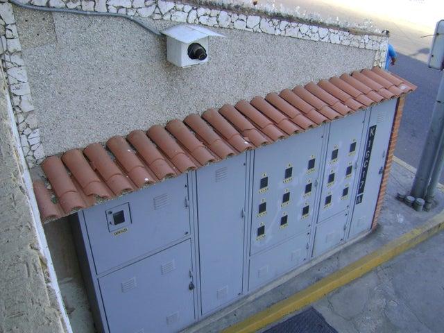 Local Comercial Zulia>Municipio San Francisco>Zona Industrial - Alquiler:150 Precio Referencial - codigo: 21-4024