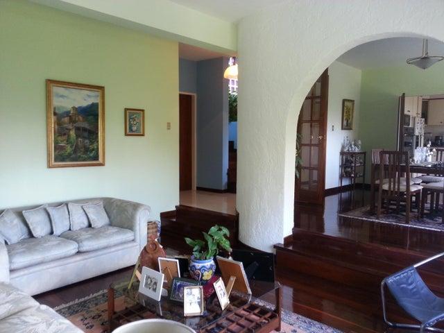 Casa Distrito Metropolitano>Caracas>El Peñon - Alquiler:1.000 Precio Referencial - codigo: 21-4233