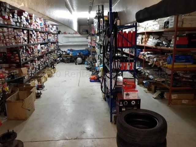 Local Comercial Miranda>Guarenas>Sector Industrial Cloris - Venta:90.000 Precio Referencial - codigo: 21-7122