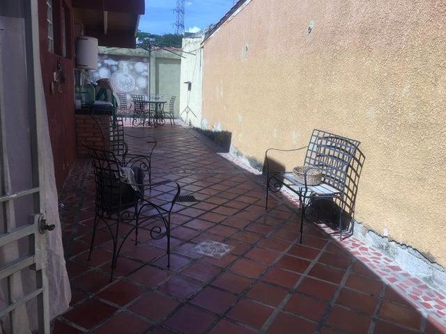 Casa Lara>Cabudare>Parroquia Jose Gregorio - Venta:16.800 Precio Referencial - codigo: 21-4260