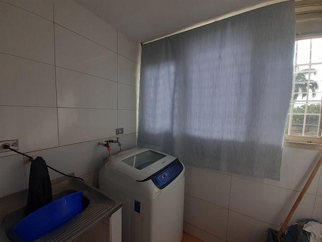 Apartamento Lara>Cabudare>Agua Viva - Venta:17.000 Precio Referencial - codigo: 21-4277