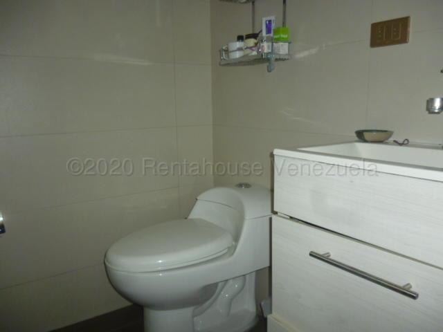 Apartamento Lara>Barquisimeto>Del Este - Venta:49.000 Precio Referencial - codigo: 21-4337