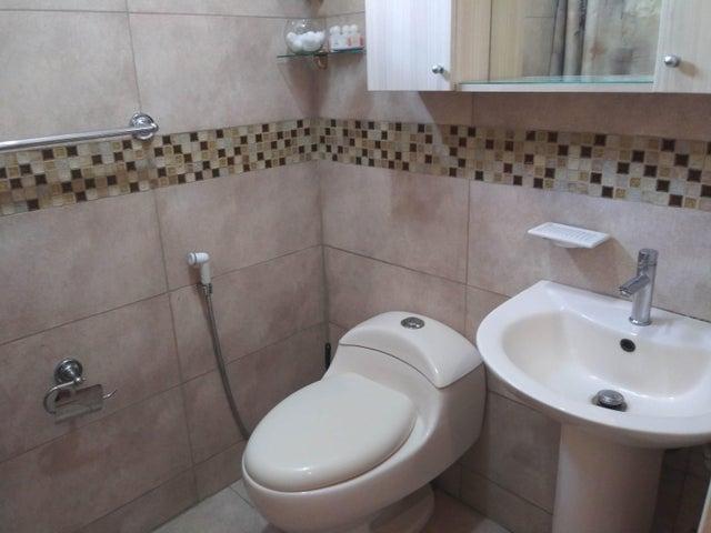 Apartamento Carabobo>Municipio Naguanagua>Tazajal - Venta:31.500 Precio Referencial - codigo: 21-4385