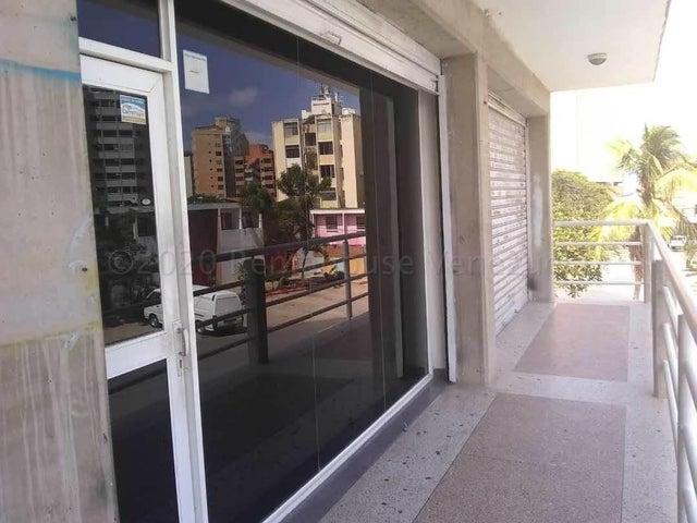 Local Comercial Vargas>Catia La Mar>Playa Grande - Venta:45.000 Precio Referencial - codigo: 21-4457