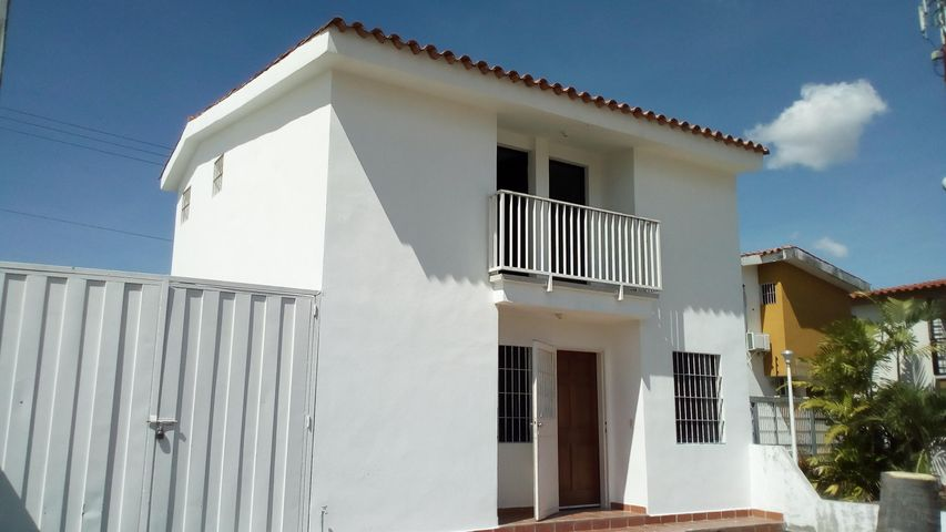 Casa Lara>Cabudare>Parroquia Cabudare - Alquiler:230 Precio Referencial - codigo: 21-4452