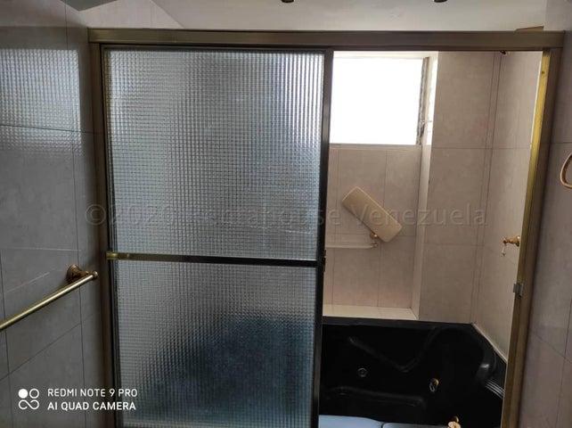 Apartamento Distrito Metropolitano>Caracas>La Urbina - Venta:45.000 Precio Referencial - codigo: 21-4482