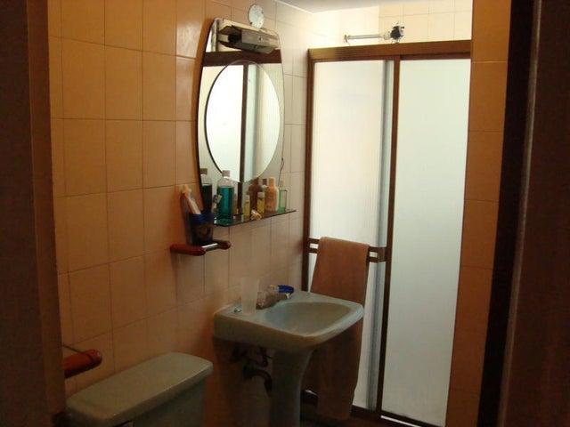 Apartamento Distrito Metropolitano>Caracas>La California Norte - Venta:80.000 Precio Referencial - codigo: 21-4530