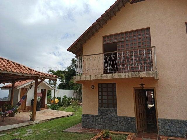 Casa Distrito Metropolitano>Caracas>El Junquito - Venta:80.000 Precio Referencial - codigo: 21-4573