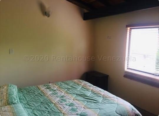 Townhouse Merida>Merida>La Pedregosa Media - Venta:105.000 Precio Referencial - codigo: 21-3904