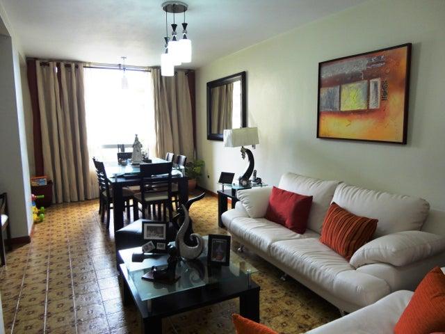 Apartamento Distrito Metropolitano>Caracas>La Boyera - Venta:65.000 Precio Referencial - codigo: 21-4577