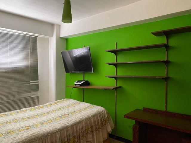 Apartamento Distrito Metropolitano>Caracas>Parroquia Altagracia - Venta:35.000 Precio Referencial - codigo: 21-4605