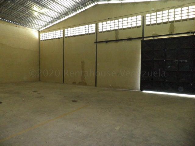 Local Comercial Carabobo>Valencia>Rafael Urdaneta - Alquiler:350 Precio Referencial - codigo: 21-4629