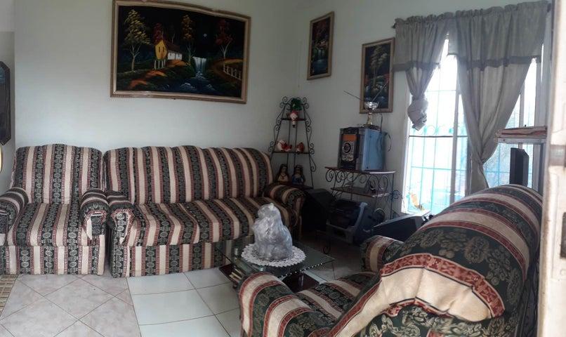 Casa Falcon>Coro>Intercomunal Coro La Vela - Venta:16.000 Precio Referencial - codigo: 21-4853