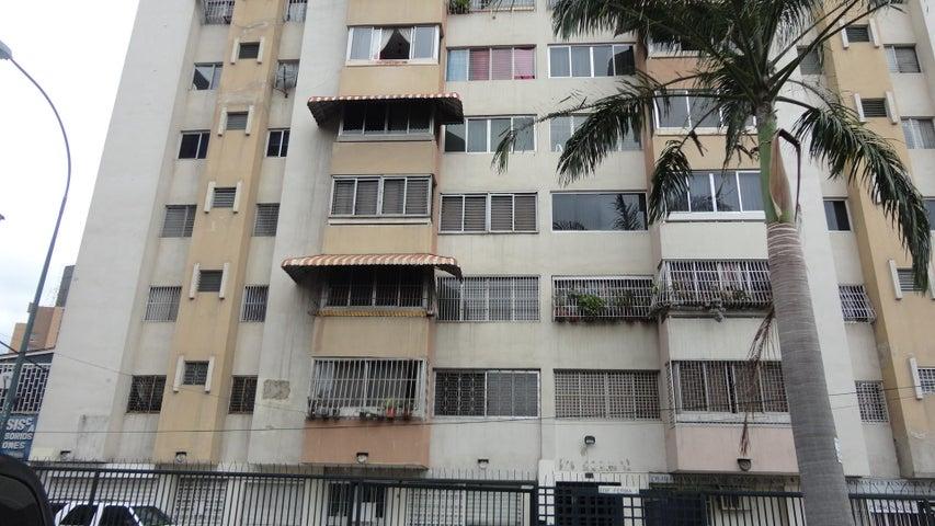 Apartamento Distrito Metropolitano>Caracas>La Florida - Venta:18.000 Precio Referencial - codigo: 21-4951