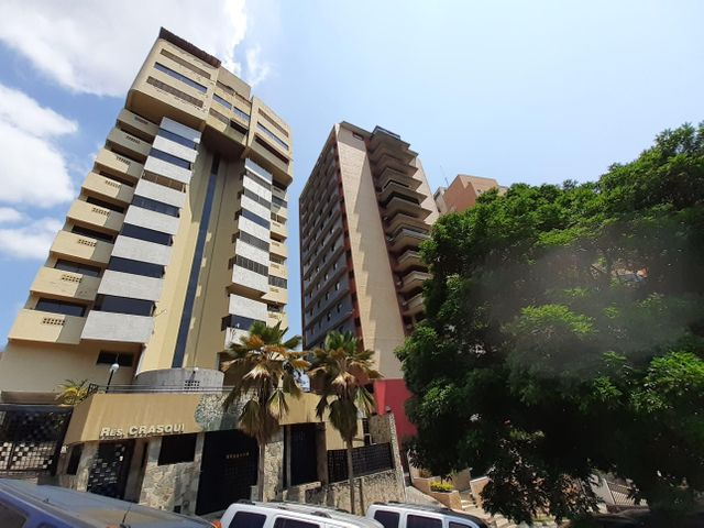 Apartamento Carabobo>Valencia>El Parral - Venta:38.000 Precio Referencial - codigo: 21-4953