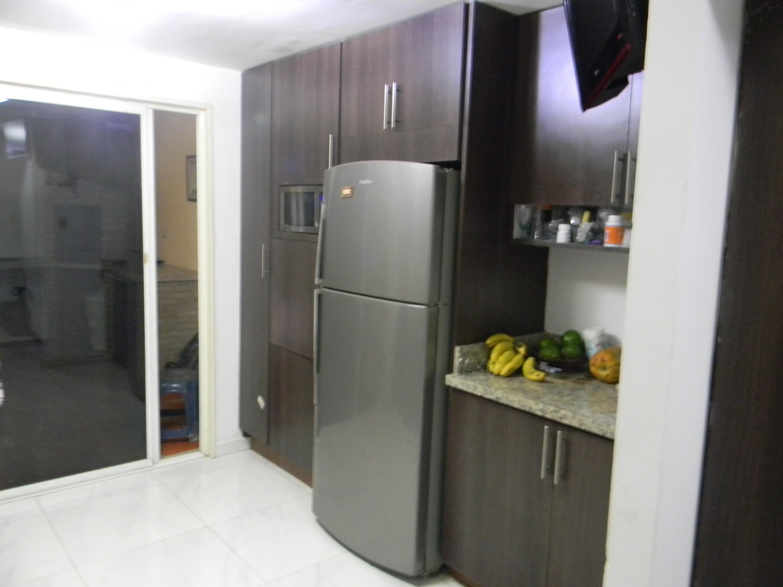 Casa Lara>Cabudare>Tarabana Plaza - Venta:32.000 Precio Referencial - codigo: 21-5011