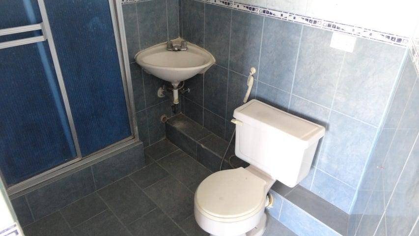 Apartamento Distrito Metropolitano>Caracas>Montalban I - Venta:37.000 Precio Referencial - codigo: 21-5061