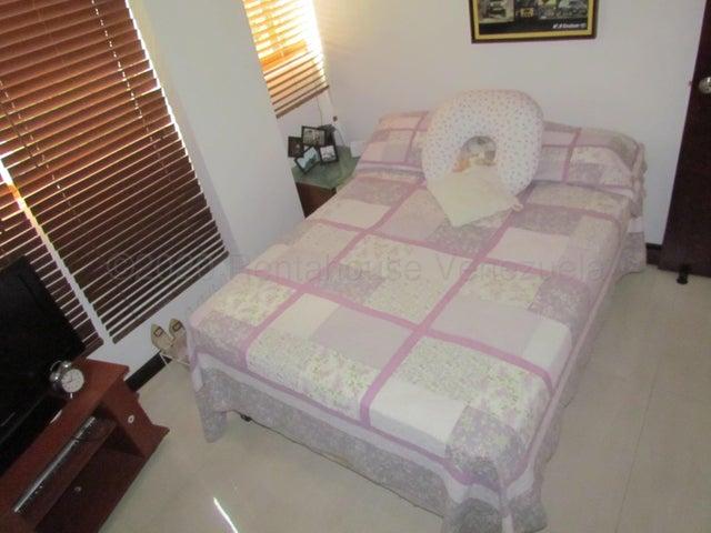 Apartamento Distrito Metropolitano>Caracas>Caurimare - Venta:90.000 Precio Referencial - codigo: 21-5064