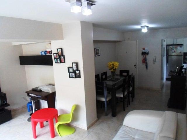 Apartamento Distrito Metropolitano>Caracas>Lomas del Avila - Venta:28.000 Precio Referencial - codigo: 21-5200