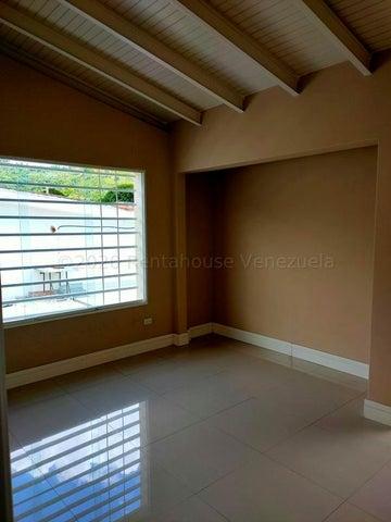 Casa Distrito Metropolitano>Caracas>La Trinidad - Venta:195.000 Precio Referencial - codigo: 21-5769