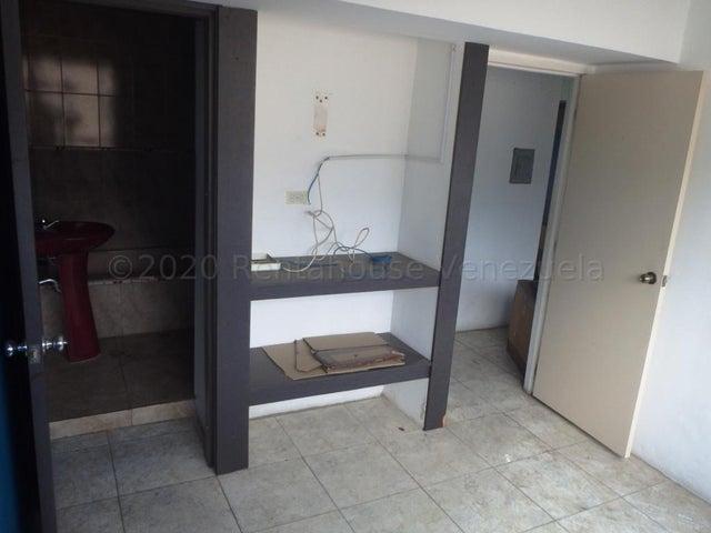 Apartamento Distrito Metropolitano>Caracas>Parroquia La Candelaria - Venta:14.500 Precio Referencial - codigo: 21-6036
