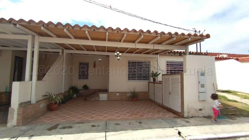 Casa Lara>Cabudare>El Amanecer - Venta:28.000 Precio Referencial - codigo: 21-5450