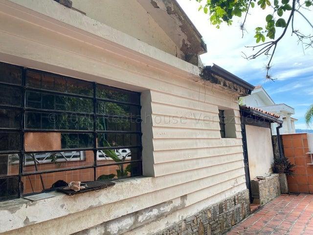 Casa Distrito Metropolitano>Caracas>Altamira - Venta:250.000 Precio Referencial - codigo: 21-5490