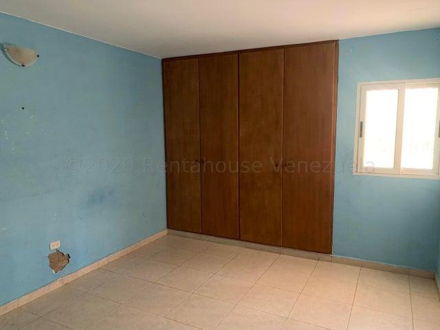 Apartamento Falcon>Punto Fijo>Guanadito - Venta:5.800 Precio Referencial - codigo: 21-5492