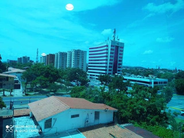 Local Comercial Lara>Barquisimeto>Zona Este - Venta:19.000 Precio Referencial - codigo: 21-5565
