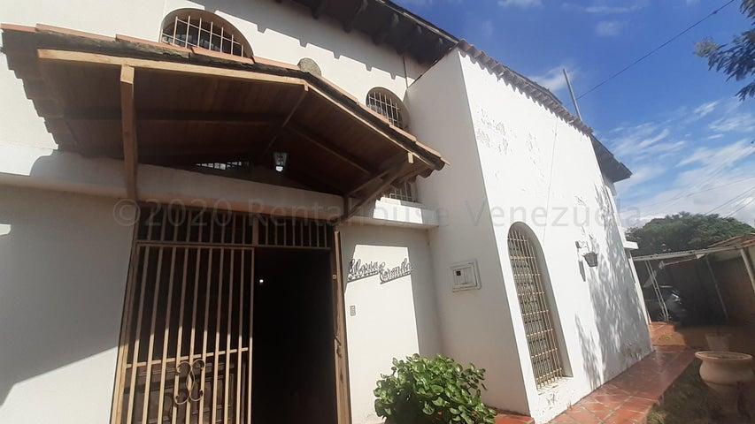 Casa Lara>Barquisimeto>Parroquia Concepcion - Venta:65.000 Precio Referencial - codigo: 21-5575