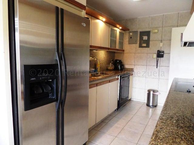 Apartamento Distrito Metropolitano>Caracas>Los Naranjos del Cafetal - Venta:125.000 Precio Referencial - codigo: 21-5640